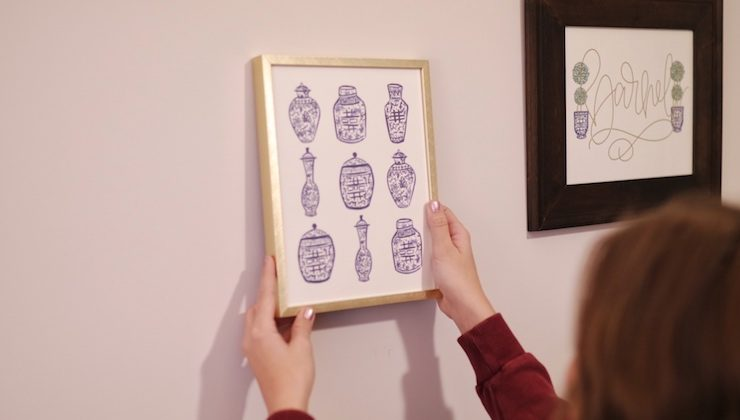 How To Style a Gallery Wall