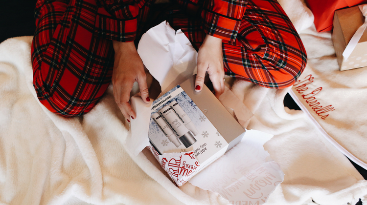 Current Beauty Faves That Make Perfect Gifts