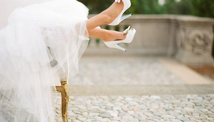 What To Bring To Your Wedding Dress Fitting
