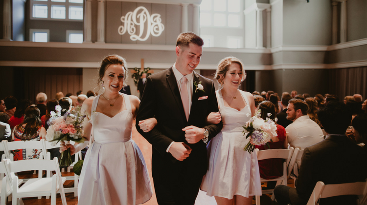 Is It OK To Have An Uneven Wedding Party?