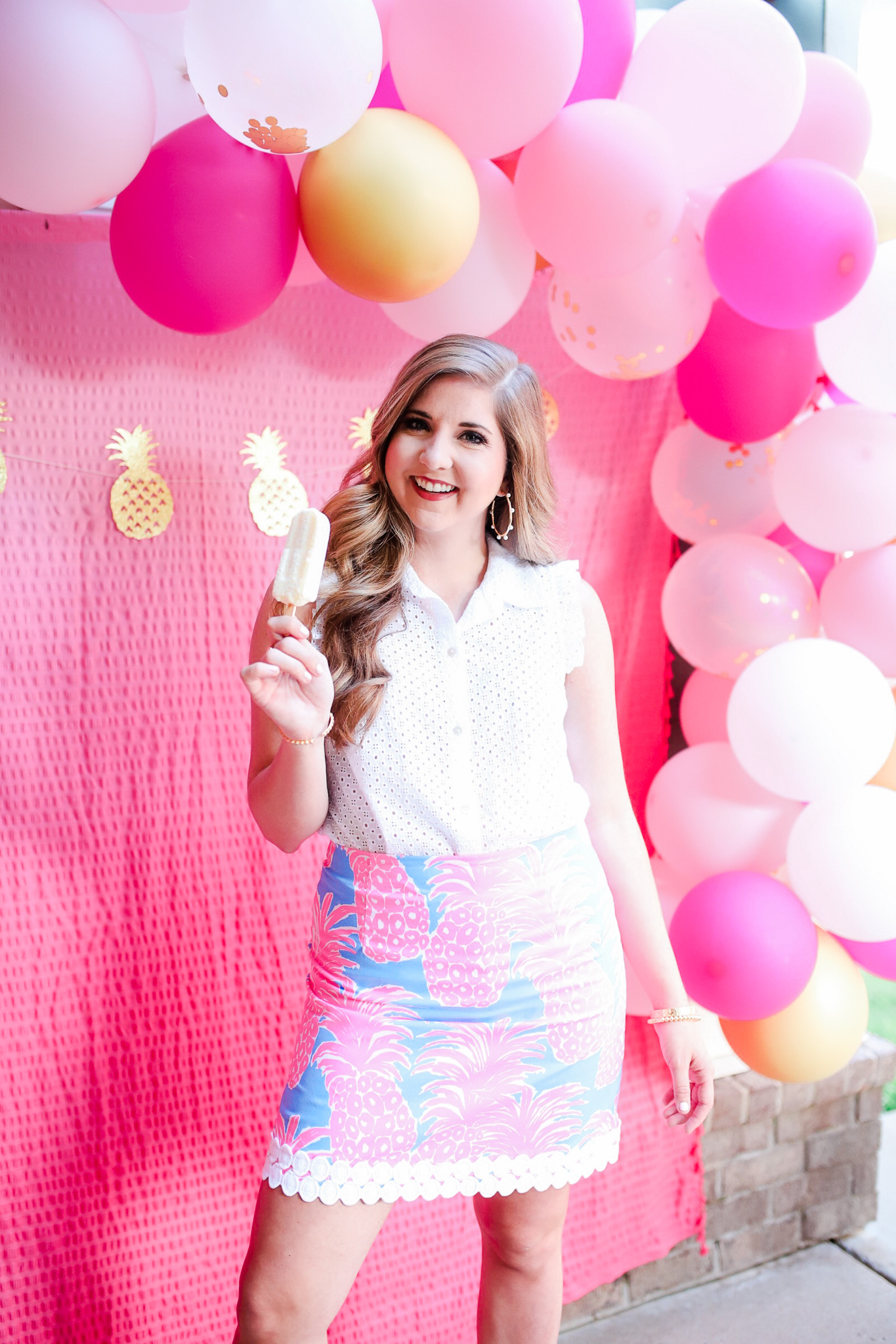 How To Make A Balloon Garland in Less Than an Hour